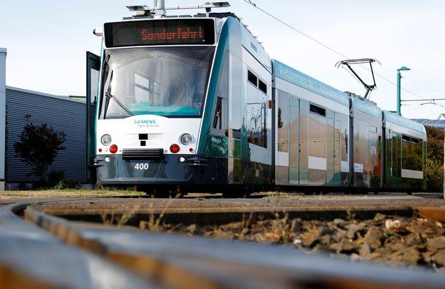 Γερμανία: Παγκόσμια πρώτη για τo τραμ που διαθέτει τεχνητή νοημοσύνη και κυκλοφορεί χωρίς