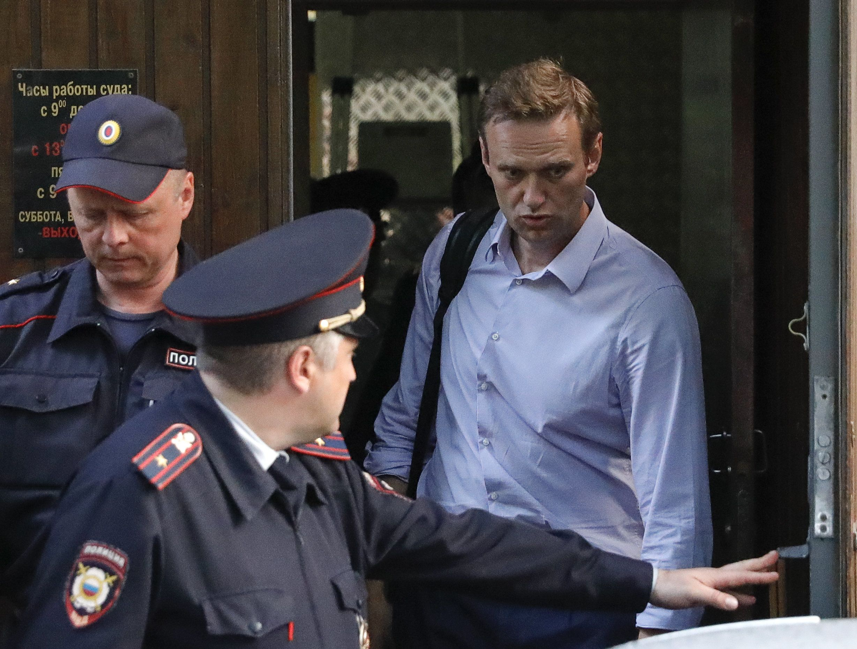 Νέα σύλληψη Ναβάλνι στη Ρωσία τη στιγμή που έβγαινε από τις