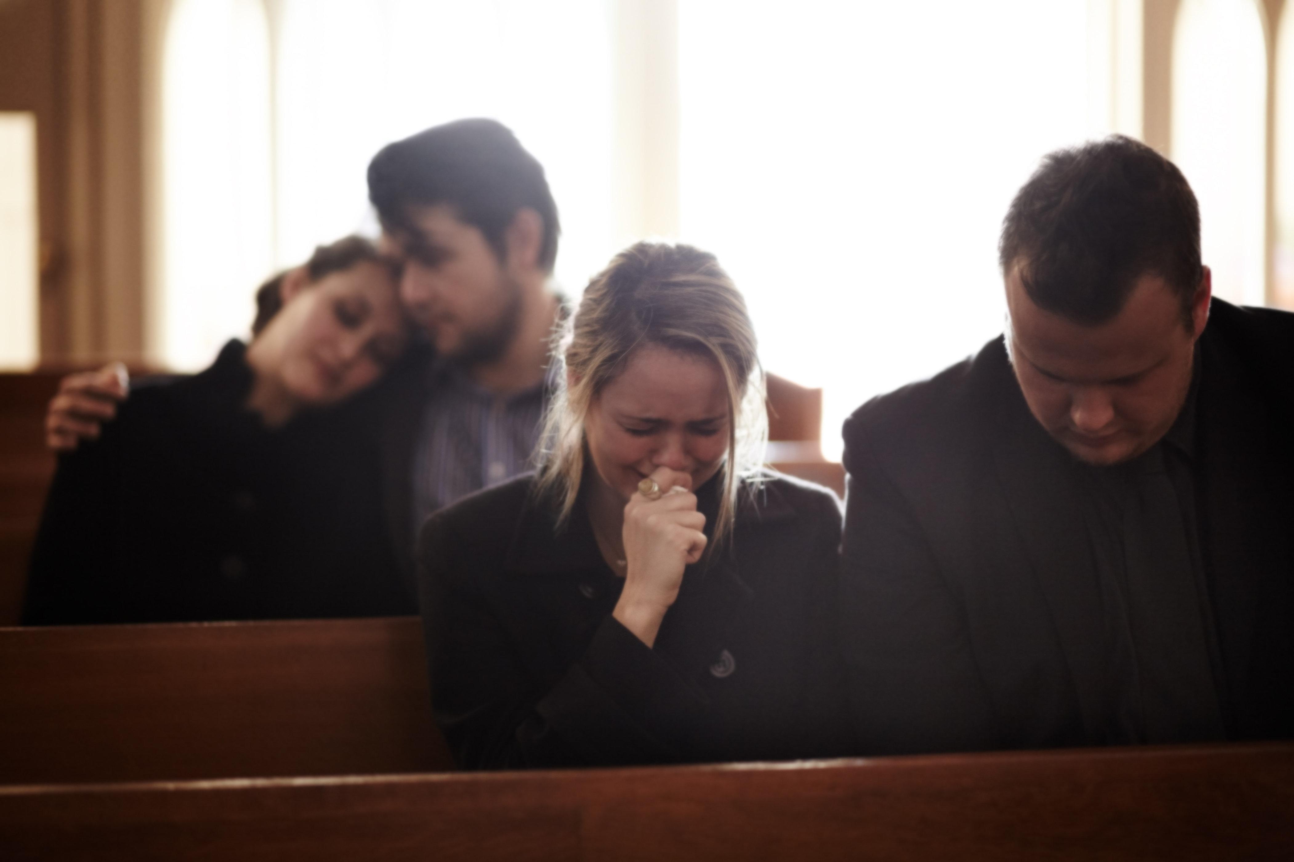 Familie plant Beerdigung des Sohnes – dann bemerkt die Polizei einen