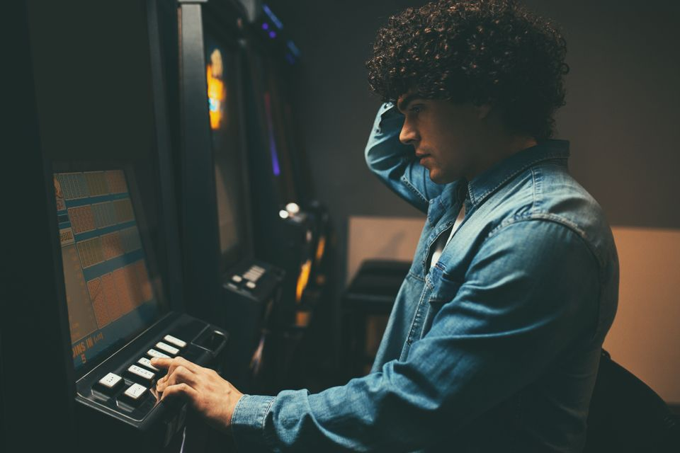This Is How It Feels To Have A Gambling Addiction – And Be Bombarded By