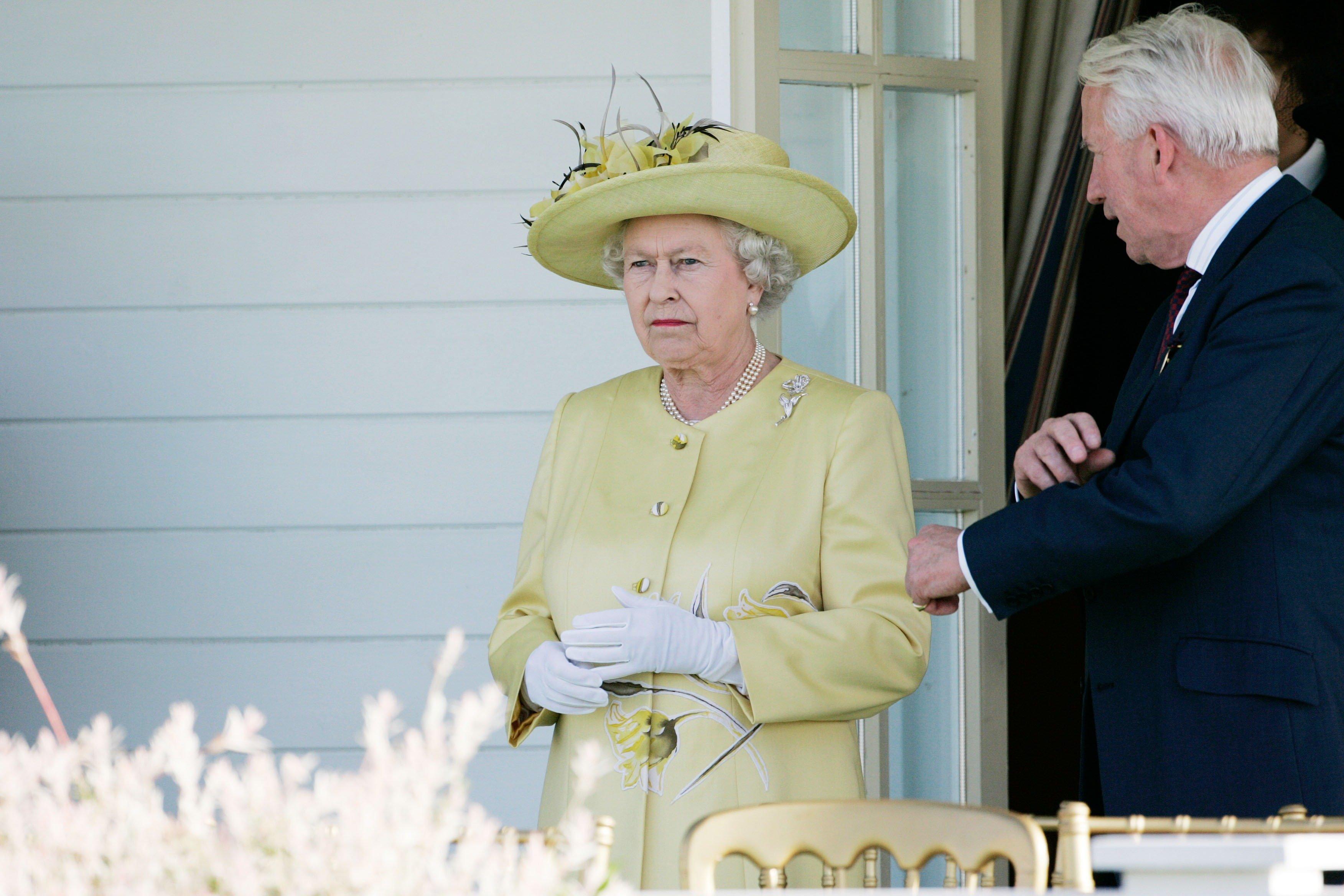 Royals-Serie auf Netflix: Eine Szene bringt die Queen auf die