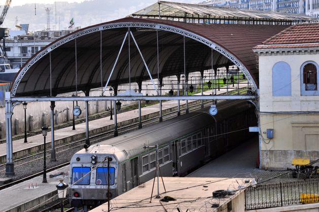 Livraison du projet de la ligne ferroviaire El Bayadh-Mecheria en
