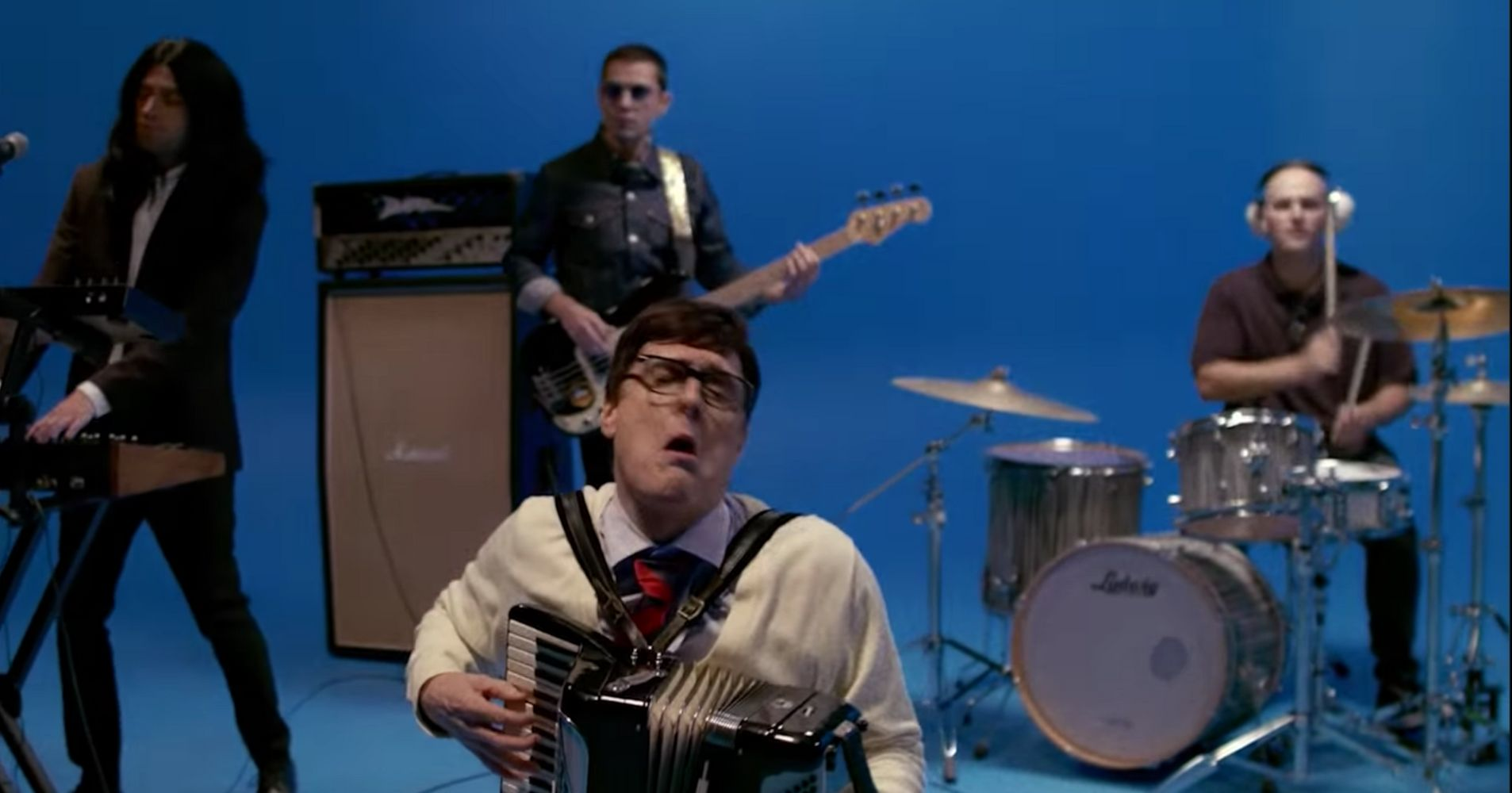 Weezer's 'Africa' Video Has Weird Al As Rivers Cuomo In A 'Sweater Song' Parody | HuffPost