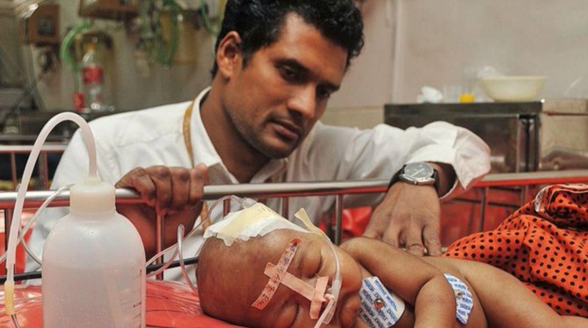 Wie ein Arzt mit Plastikflaschen hunderttausende Kinderleben retten