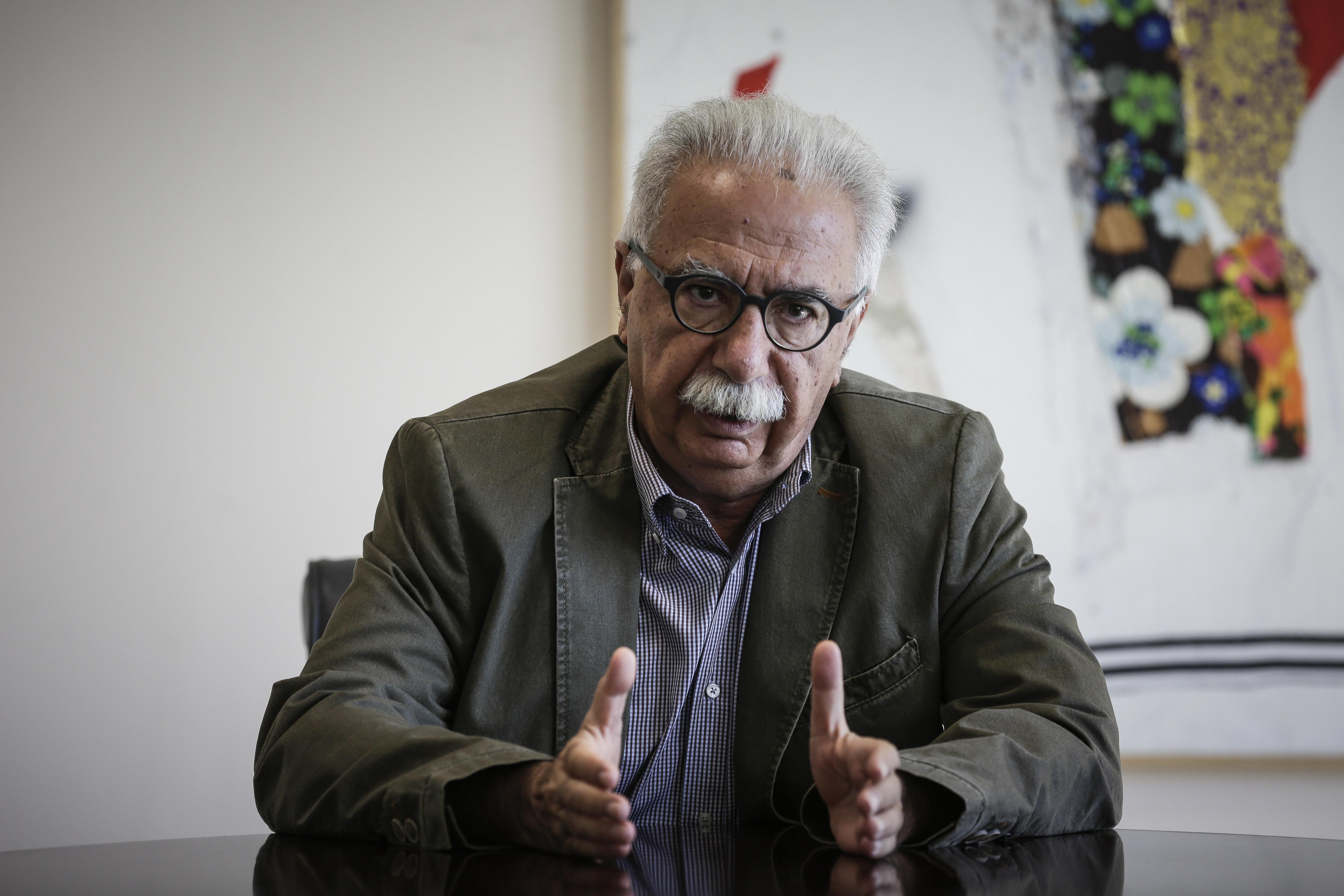 Διορισμούς 15.000 εκπαιδευτικών ανακοίνωσε ο Γαβρόγλου. Ζητά ιδέες πώς να