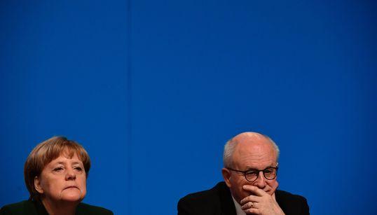 Union wählt Außenseiter Brinkhaus zu ihrem neuen Fraktionschef – der Merkel-Vertraute Kauder verliert
