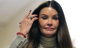 NORRISTOWN, PA - SEPTEMBER 24: Former model Janice Dickinson returns to the courtroom during the lunch break in the sexual assault trial sentencing hearing for entertainer Bill Cosby at the Montgomery County Courthouse September 24, 2018 in Norristown, Pennsylvania.   (Photo by David Maialetti-Pool/Getty Images)
