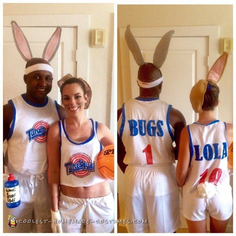 25 Funny Couple Costumes For Halloween That Are Pretty Spooktacular Huffpost Life