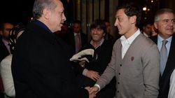 Erdogan verteidigt Mesut Özil – und macht einen wirren