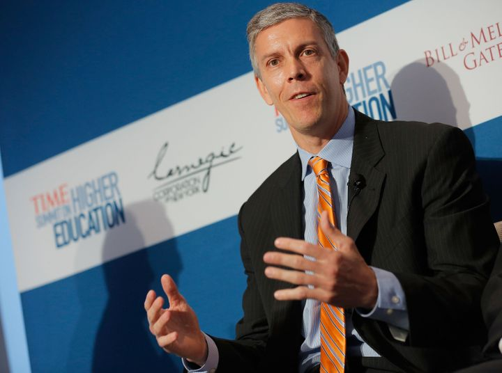 NEW YORK, NY - OCTOBER 18:  U.S. Secretary of Education Arne Duncan speaks during the 'All Hands on Deck: Perspectives from H