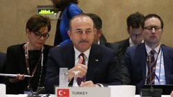 Τσαβούσογλου: Η Τουρκία δεν θα συμμετάσχει στις αμερικανικές κυρώσεις στο
