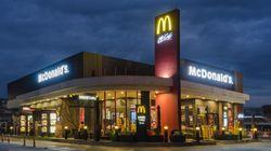 맥도날드가 대표 햄버거 7종에서 인공 방부제를