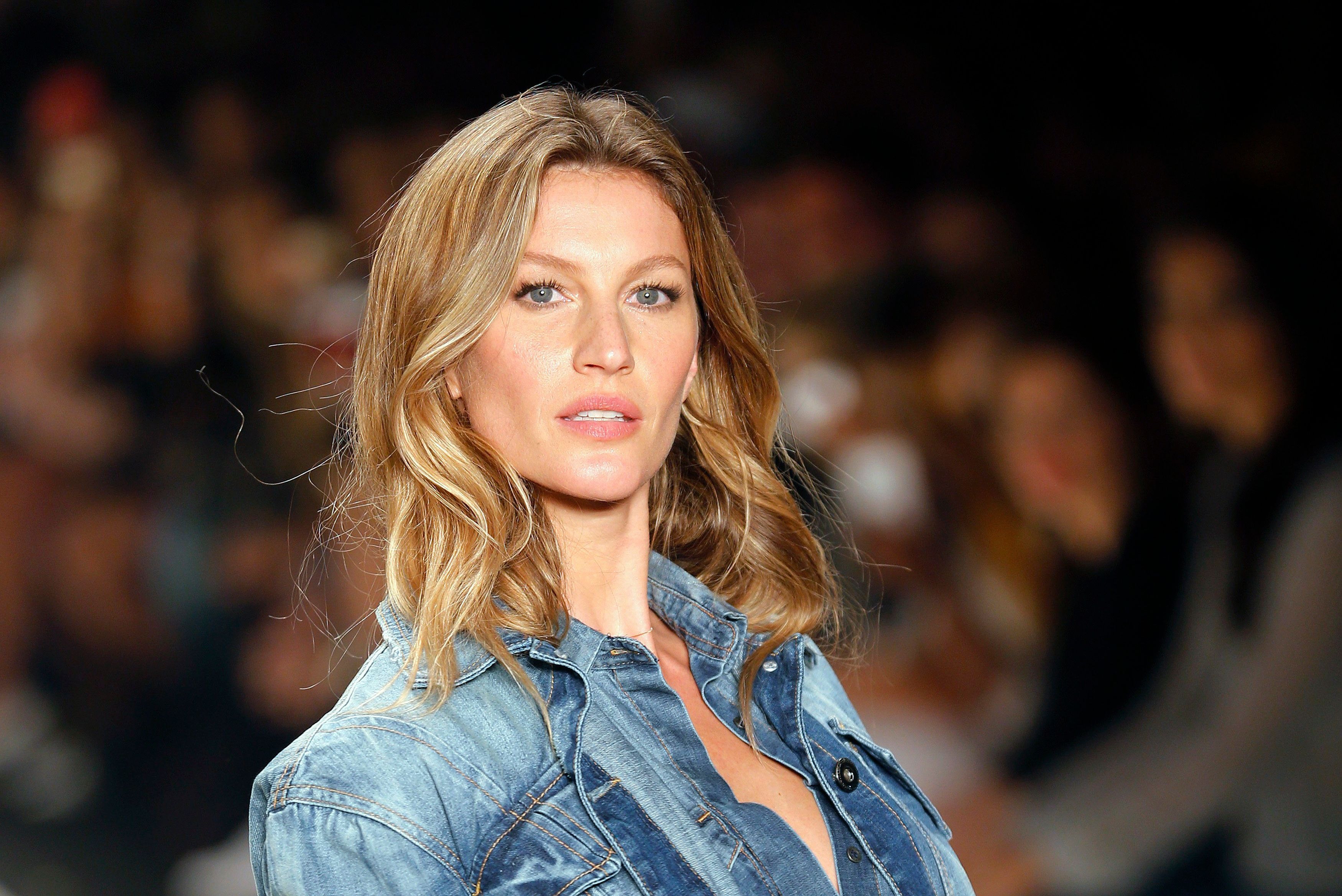 Gisele Bündchen got breast implants and instantly regretted it pictures