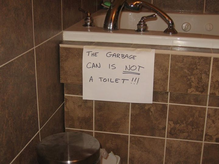 19 Funny Bathroom Signs (PHOTOS) | HuffPost