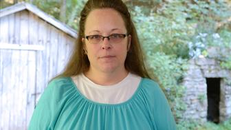 ABC NEWS - 9/21/15 - Paula Faris speaks to Kim Davis, the Kentucky court clerk who went to jail because she refused to issue gay marriage licenses.   The exclusive interview will air on all ABC News programs and platforms.   (Photo by Ida Mae Astute/ABC via Getty Images) KIM DAVIS
