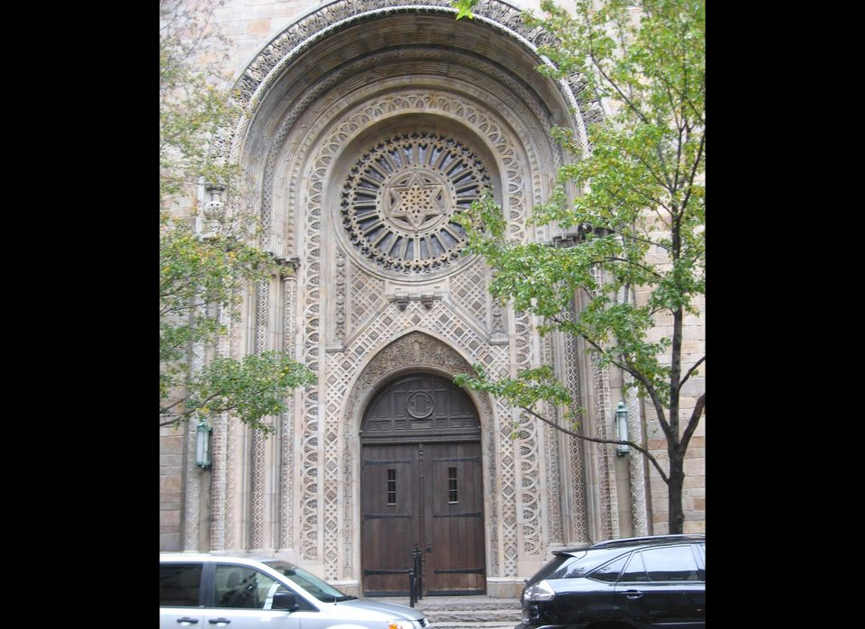 4,046 Jewish adherents per 100,000 people. 