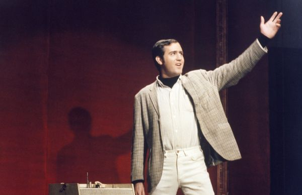 Andy Kaufman died in 1982, but that hasn't stopped a small cottage industry fueled by the possibility that he still lives. Bo