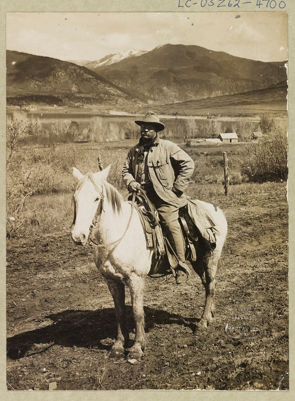 Theodore Roosevelt returning to Glenwood Springs, Colorado after his bear hunt in 1905.