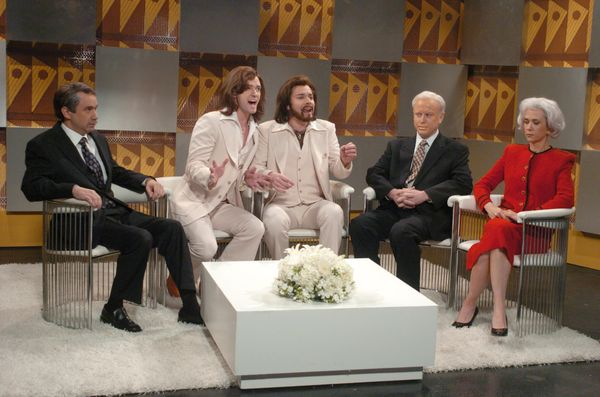 Pictured: (l-r) Fred Armisen as Thomas Friedman, Justin Timberlake as Robin Gibb, Jimmy Fallon as Barry Gibb, Darrell Hammond