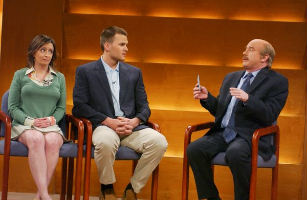 Pictured: (l-r) Rachel Dratch as Jamie, Tom Brady as Ken, Darrell Hammond as Dr. Phil McGraw during 'Dr. Phil' skit  (Photo b