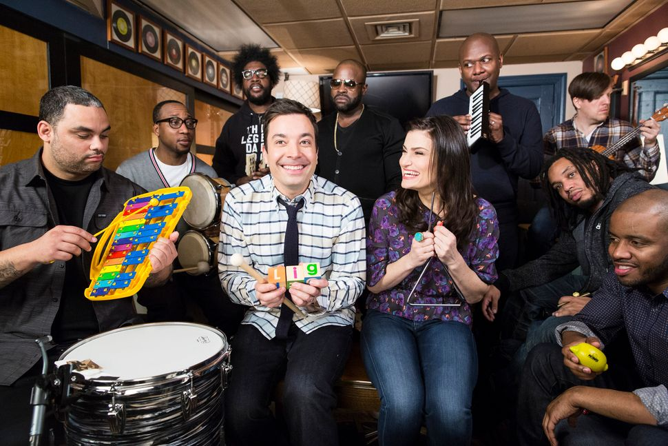 "Idina Menzel joined Jimmy Fallon and The Roots to sing <a href=""https://www.huffpost.com/entry/idina-menzel-jimmy-fallon_n_48"