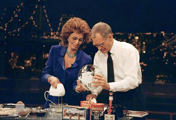 "Dave bakes a delicious tiramisu with Sophia Loren on ""The Late Show with David Letterman,"" January 27, 1999 on the CBS Televi"