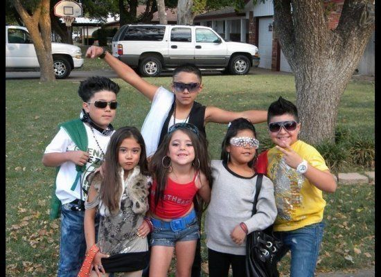 """Note: Snookie is actually to scale. (<a href=""""http://www.funnyjunk.com/funny_pictures/1157363/Worst+kid+s+costumes+EVER/"""" tar"""