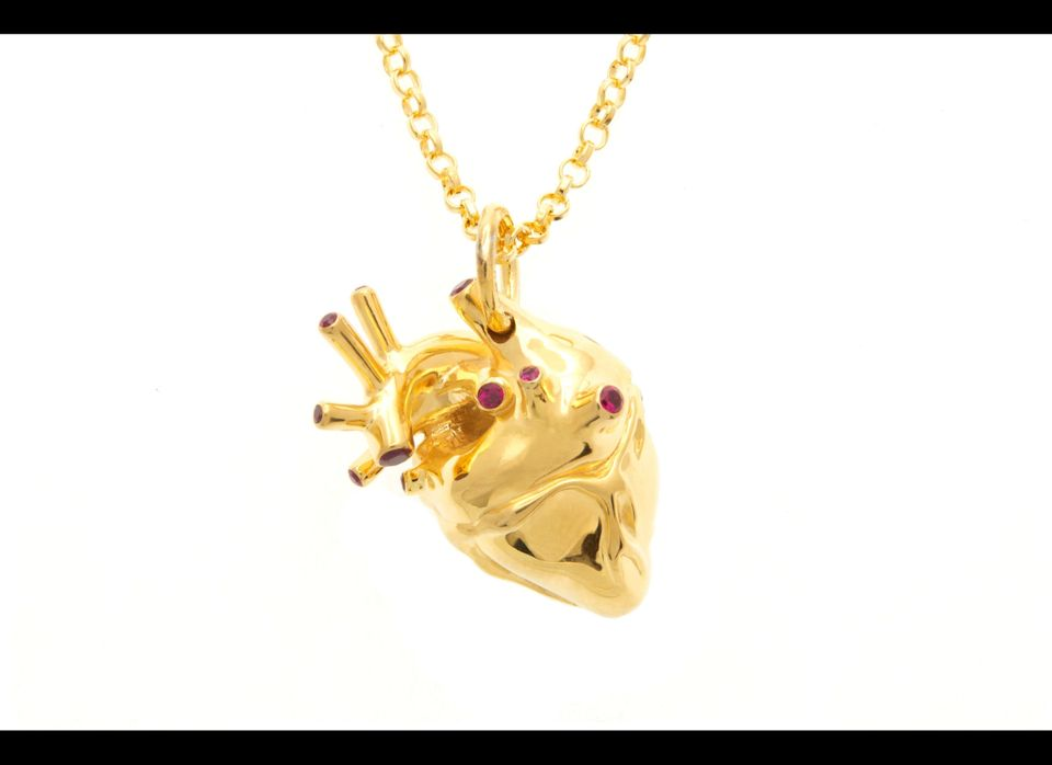 "If you're going to spend $348 for a gold heart pendant, at least make sure it's an accurate representation. <a href=""http://w"