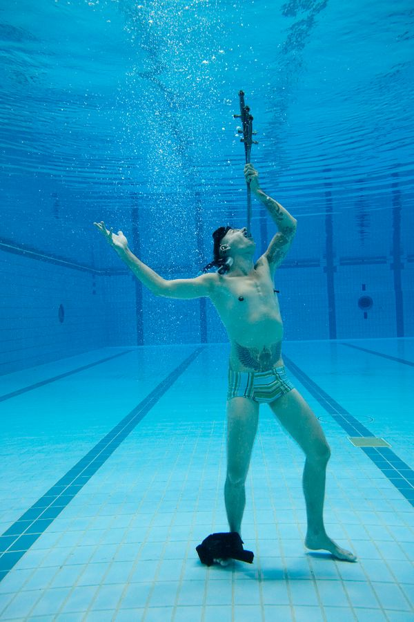 Swallowing even one sword is pretty incredible, but Australian Chayne Hultgren swallowed three at once while underwater.