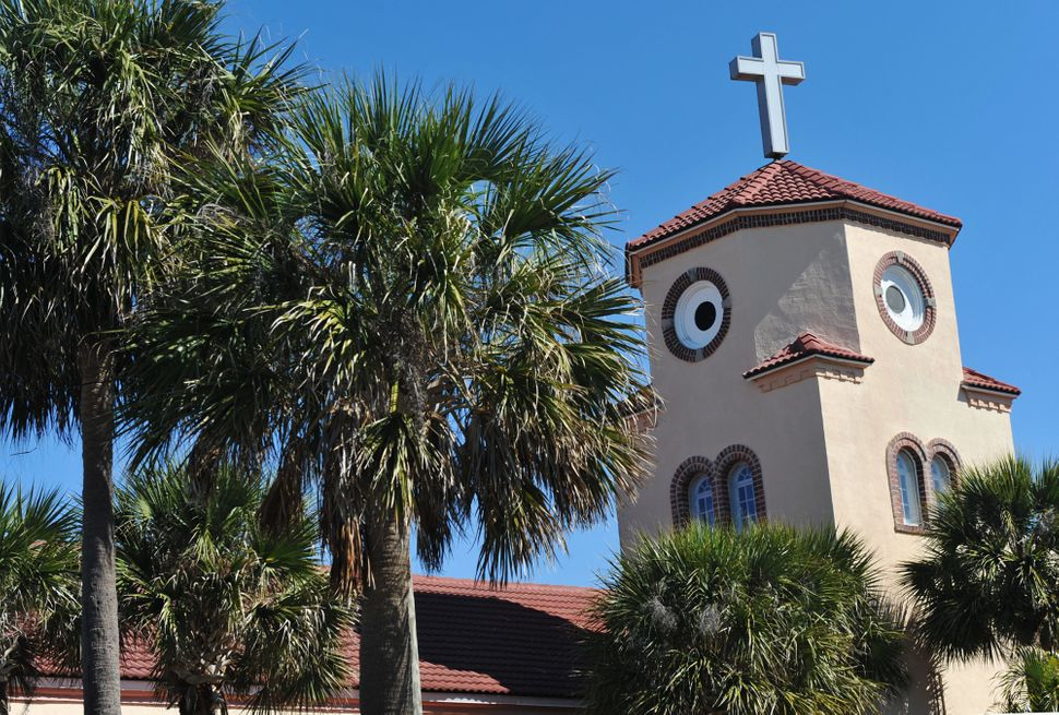 The roof of the Church by the Sea became an internet sensation when went viral when a photographer noticed that, from just th