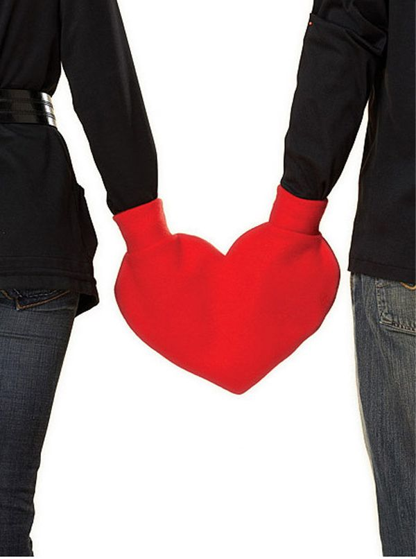 """Valentine's Day is often freezing, which makes romantic gestures like holding hands in the street impractical. This <a href="""""""