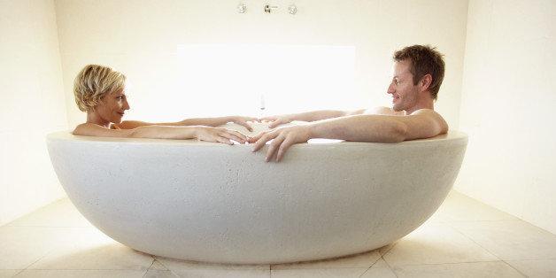 Bathtube sex