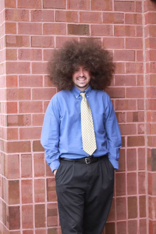 Massachusetts resident Alan Edward Labbe boasts the record for largest male afro. His massive hairstyle measures 5.75 inches