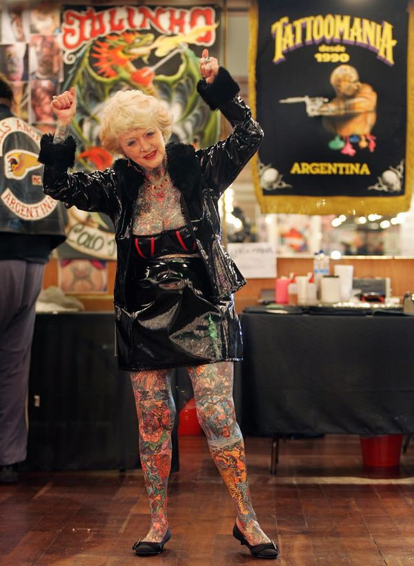 "<a href=""http://www.thecomet.net/news/family_pay_tribute_to_world_s_most_tattooed_senior_citizen_isobel_varley_from_stevenage"