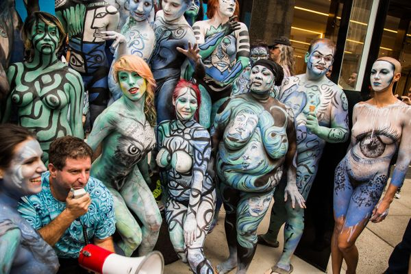 "You can volunteer to be a model, artist, volunteer or <a href=""http://bodypaintingday.org/artists-models-use/"" target=""_blank"