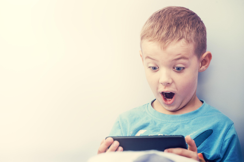 스마트폰 제한한 아이들의 인지 능력이 더 낫다는 연구결과가
