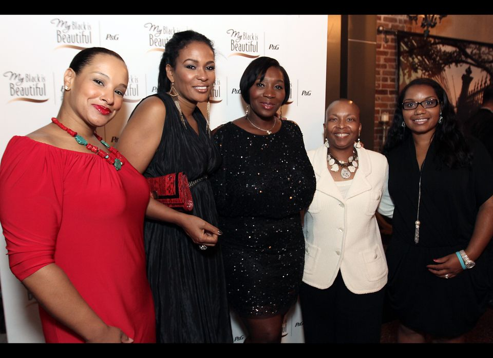 Beverly Bonds, Bevy Smith, Linda Clement Holmes and guests
