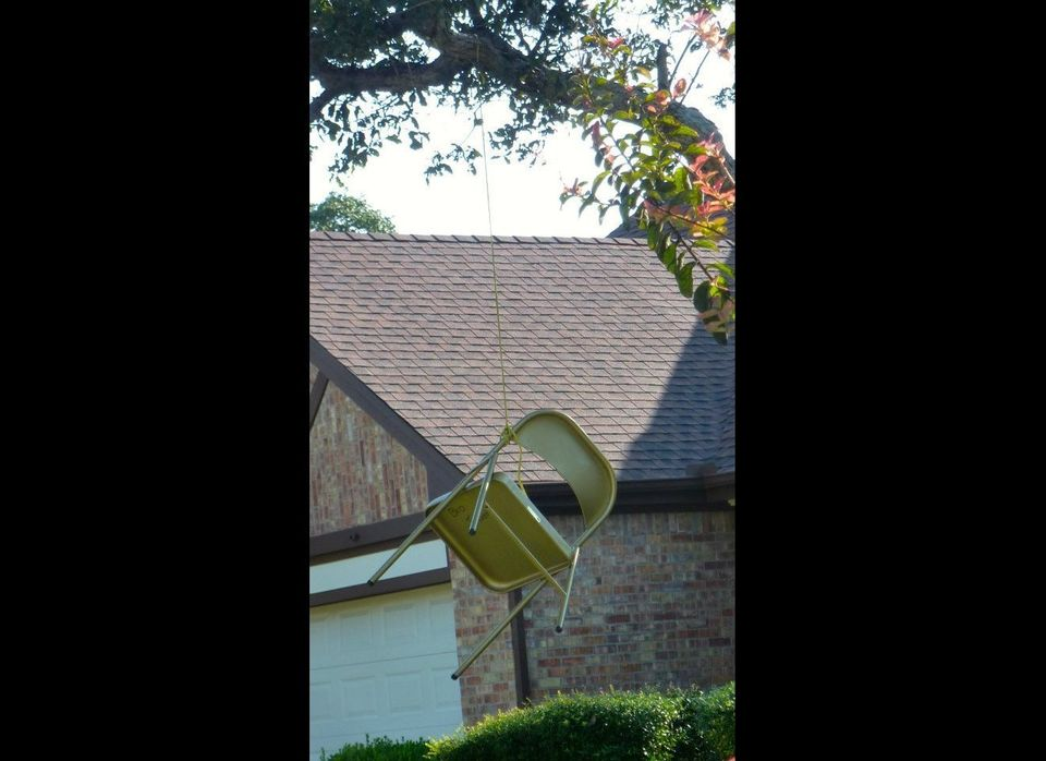 """Republican Texas homeowner Bud Johnson <a href=""""http://www.huffingtonpost.com/2012/09/20/empty-chair-lynched_n_1899991.html?i"""
