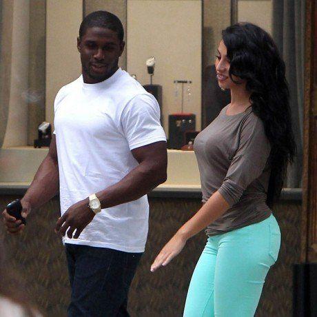 Reggie bush dating kim look alike edmonton online dating sites