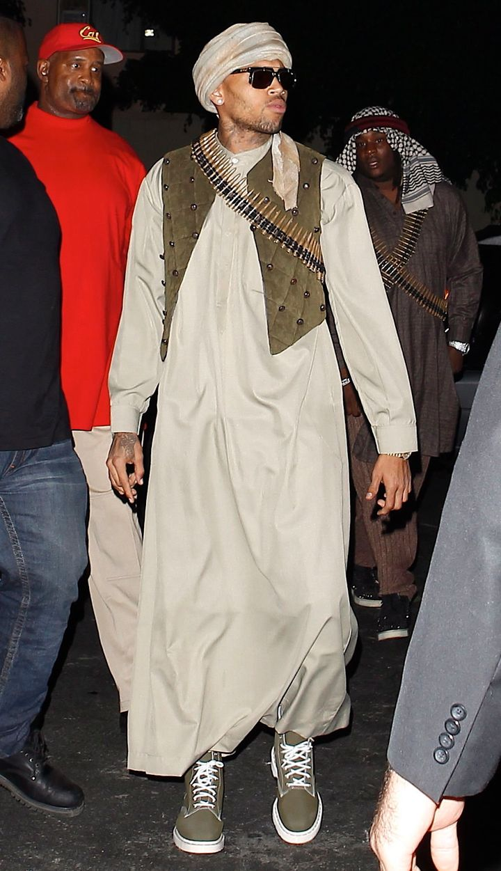 premium selection 5d573 78492 Chris Brown Halloween Costume  Singer Tweets Picture Of Himself Dressed Up  As Terrorist For Rihanna s Party