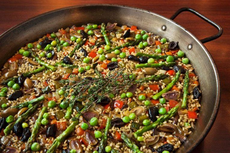 """Zimmern visited <a href=""""http://www.jaleo.com/"""">Jaleo</a> to feast on paella and other traditional Spanish treats with famed"""