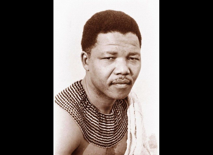 Born July 18, 1918, son of a counselor to the paramount chief of the Thembu people near Qunu in what is now the Eastern Cape.