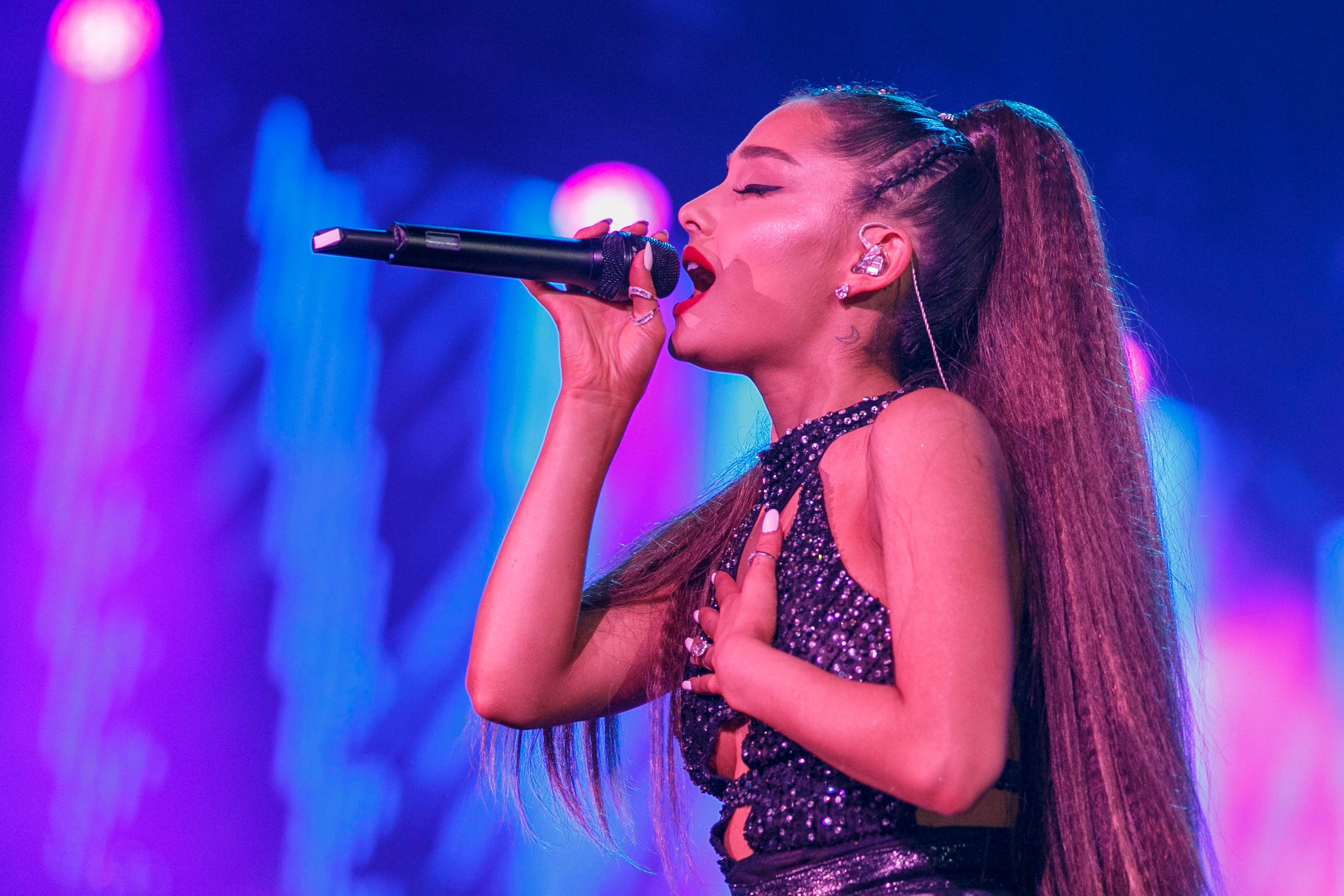 Ariana Grande Posts Dignified Response To Accusation She's 'Milking' Mac Miller's