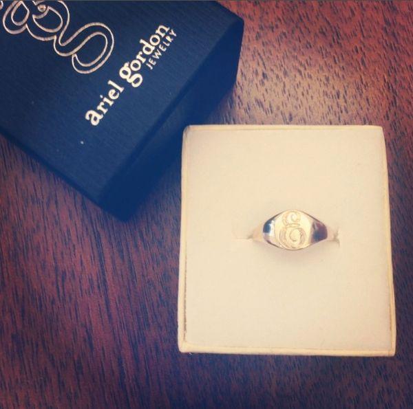 "To buy click <a href=""http://www.arielgordonjewelry.com/clsiri.html"" target=""_blank"">HERE</a>"