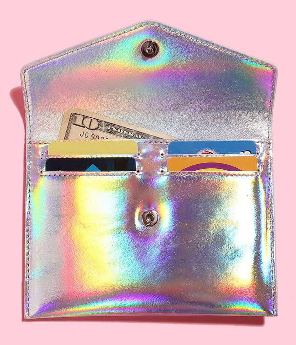 "To buy click <a href=""http://www.mzwallace.com/shop/products/4550551-0000/greta-holographic-silver-leather"" target=""_blank"">H"