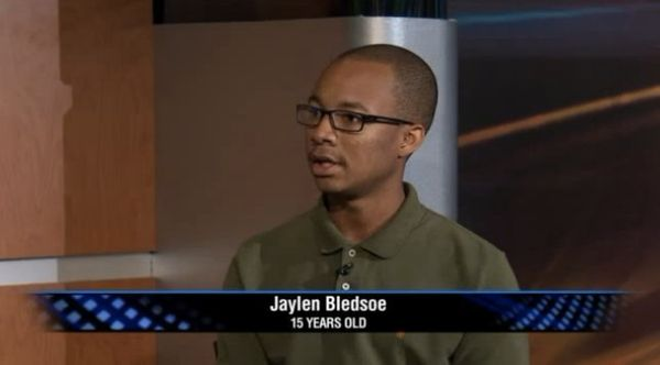 "15-year-old <a href=""https://www.huffpost.com/entry/jaylen-bledsoe_n_3860585"" target=""_blank"">Jayden Bledsoe</a> managed to t"