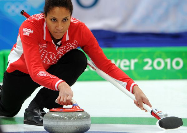 "Sport: Curling <br> <a href=""http://www.sochi2014.com/en/athlete-nkeiruka-ezekh"" target=""_blank"">Team Russia</a>"