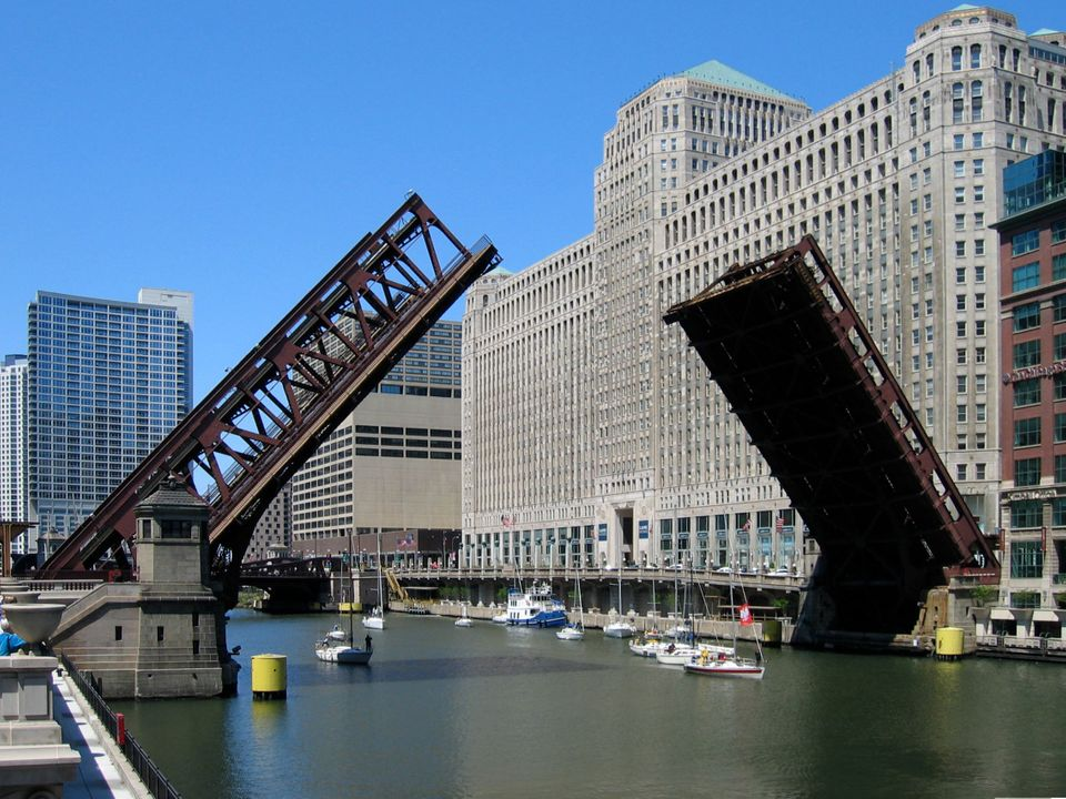 <strong>Chicago Bascule Bridges  </strong><em>Chicago (Cook County)</em>  Chicago has more moveable bridges than any other