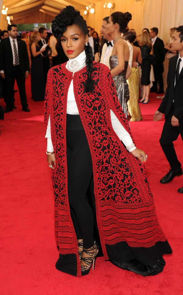 We love that Janelle added a pop of regal red to her signature black-and-white look. All hail the Electric Lady!