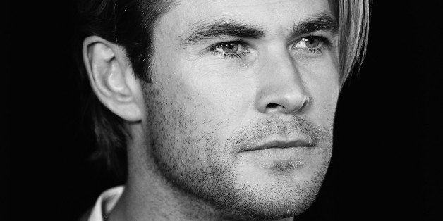 SYDNEY, AUSTRALIA - OCTOBER 30:  (EDITORS NOTE: Image has been converted to Black & White) Chris Hemsworth attends the Foxtel